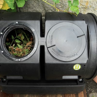5 Reasons to Use a Compost Tumbler (AKA Make Compost Quickly and Look Good Doing it)