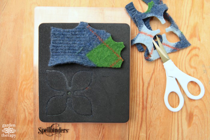 felted-succulent-wreath-diy-tutorial-step-5