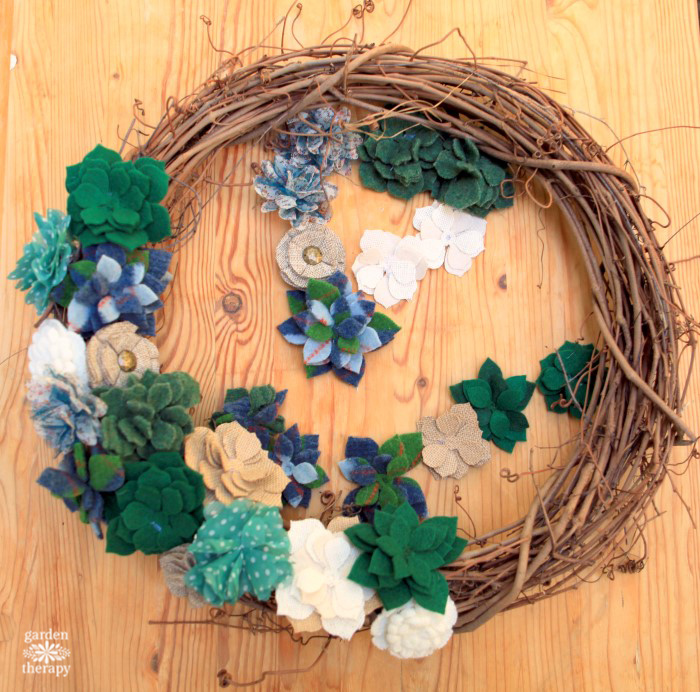 felted-succulent-wreath-diy-tutorial-step-9