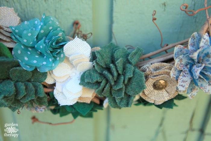 felted-succulent-wreath-diy-tutorial-close-up