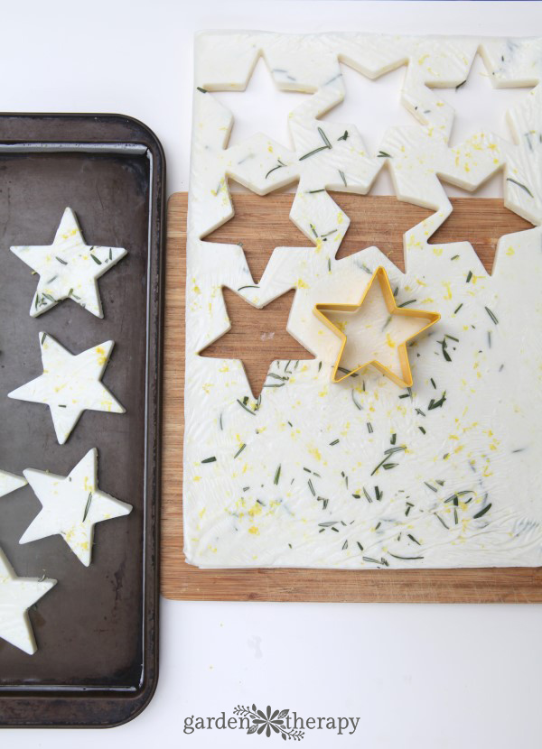 Two kinds of soap come out of this project: soap stars and bars. Turn the stars into soap-on-a-rope and give them, and the bars, as gifts.