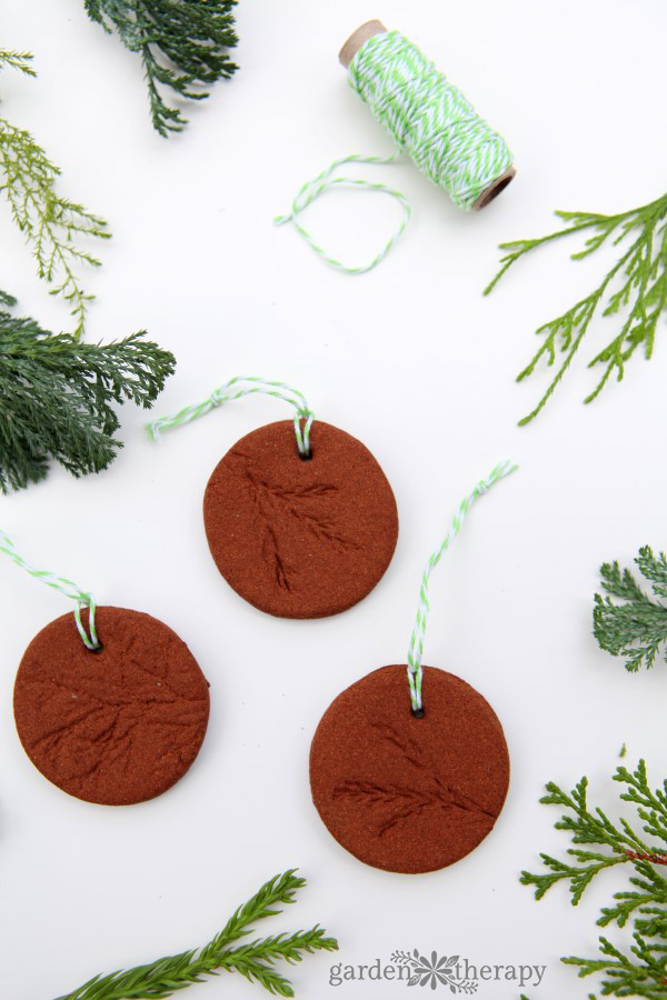 Homemade Christmas Ornaments Dough Cinnamon : Fill your home with the sweet smell of cinnamon