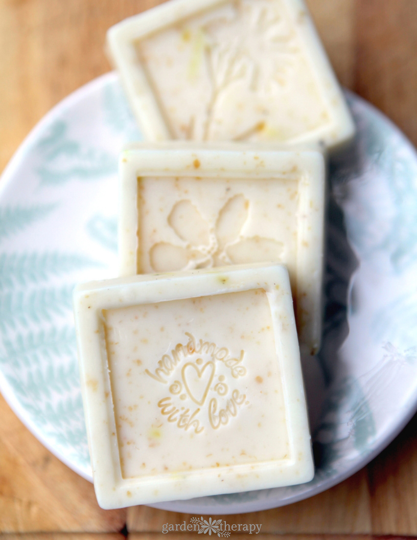 How to make beautiful handmade embossed soap