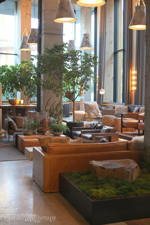 1 Hotel Brooklyn Bridge Lounge