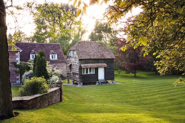 Secret Gardeners: Rupert Everett's granary