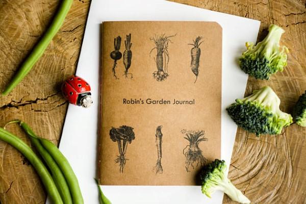 garden-inspired gifts: personalized garden planner