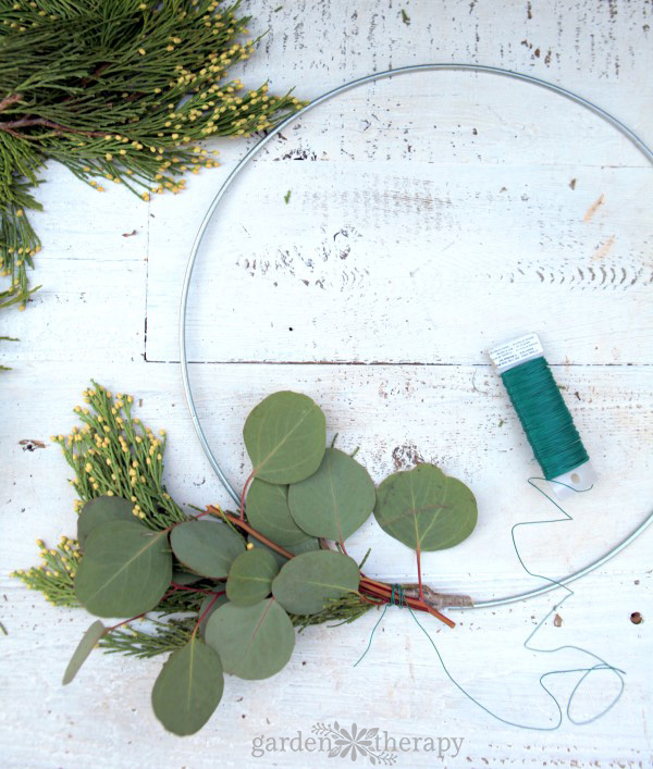Make a fragrant wreath to scent your home