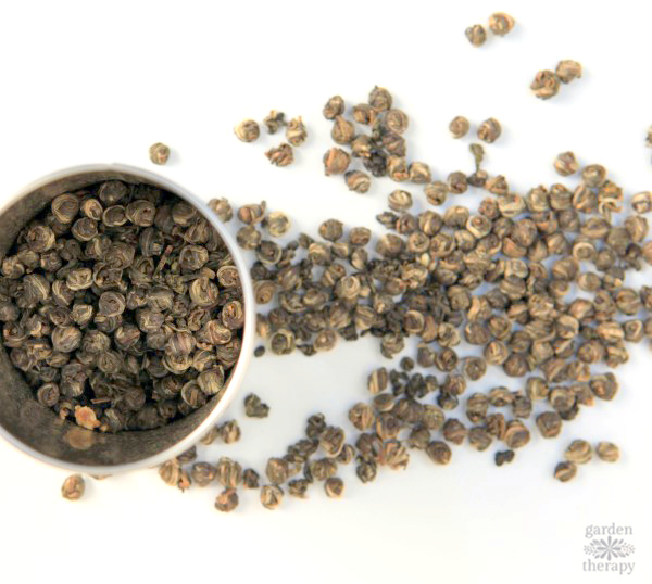 Add loose tea to my herbal tea hand soap recipe