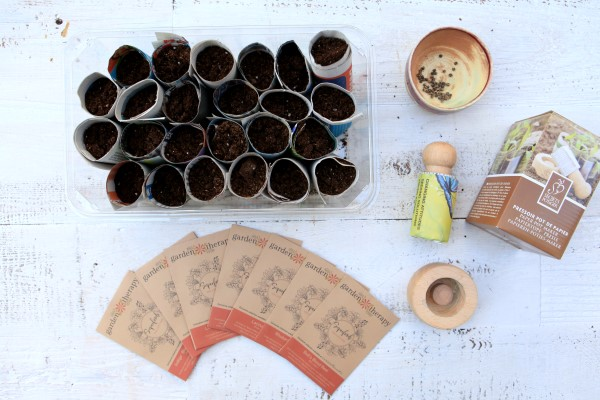 Limited edition superfoods seeds and a wooden pot maker are included in this kit