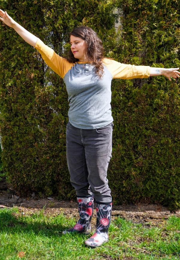 5 gentle stretches for gardeners