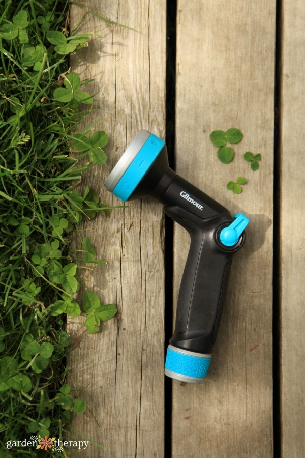 a nozzle makes it easy to water your lawn directly