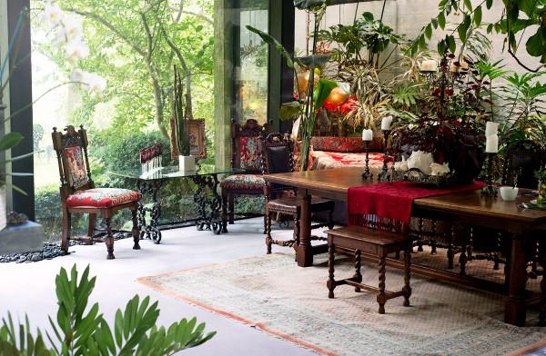 jungle dining room