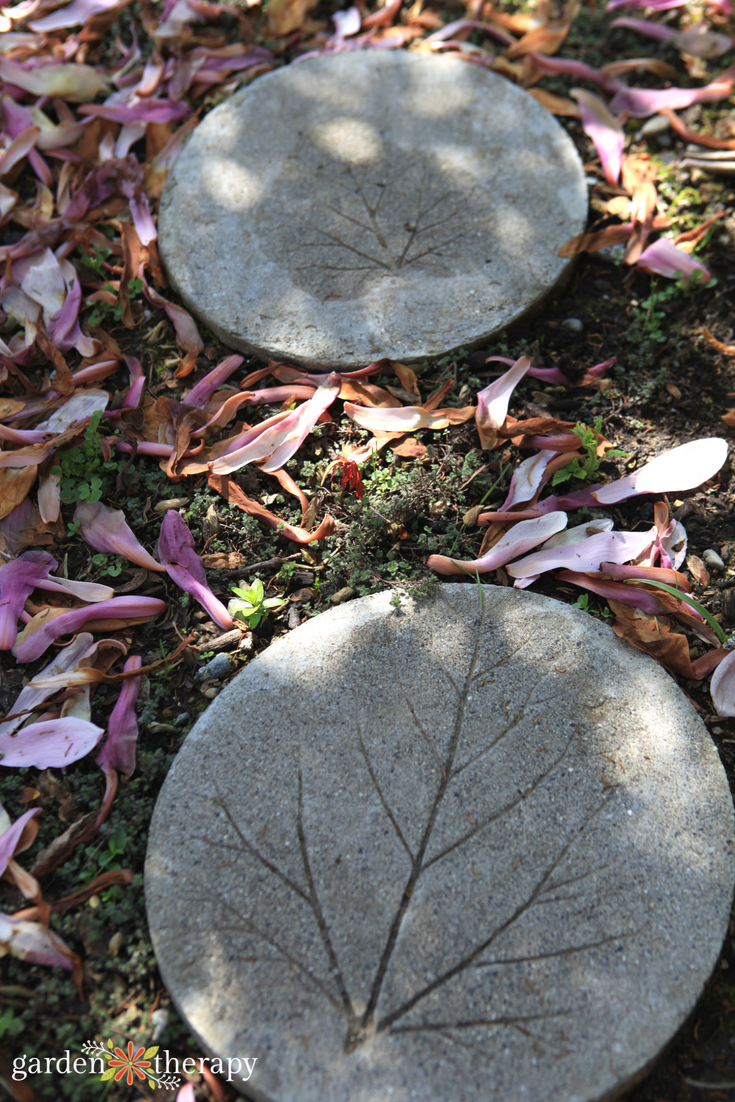 leaf print stepping stones in the garden