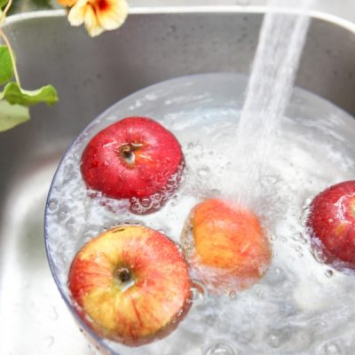 Do I Really Need to Wash That? When, Why, and How to Wash Fruit and Vegetables