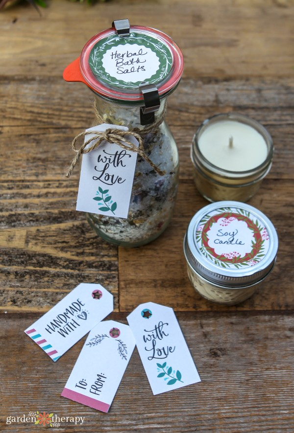 Printable gift tags on candles and bath salts