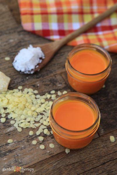 Warming Pain Relief Turmeric and Cayenne Salve