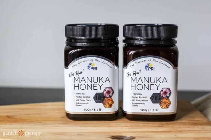 2 jars of PRI manuka honey
