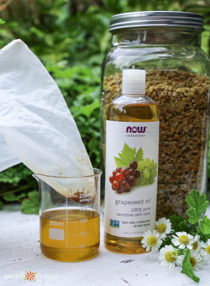 Making lotion with magnesium and grapeseed oil