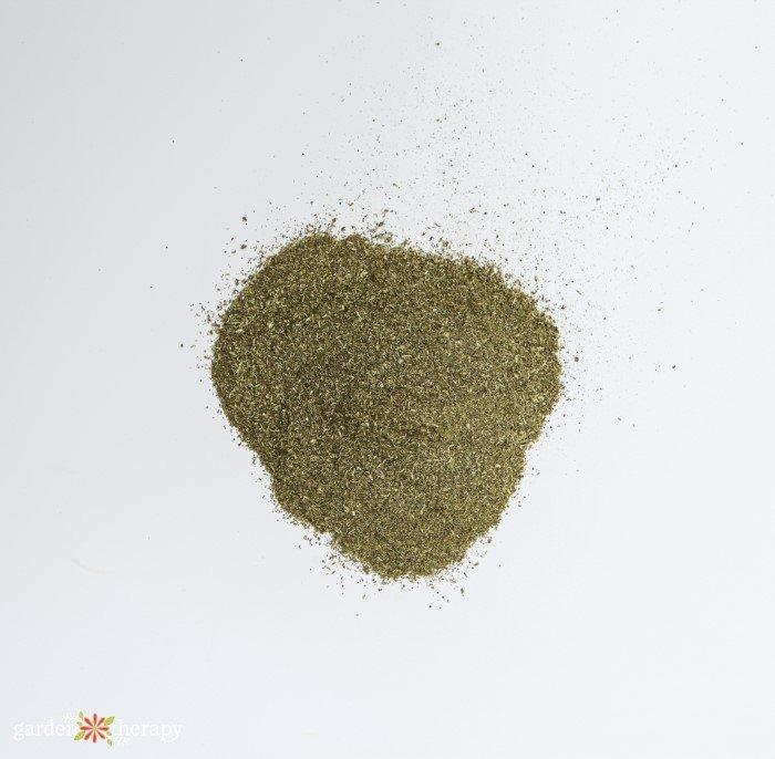 alfalfa fertilizer