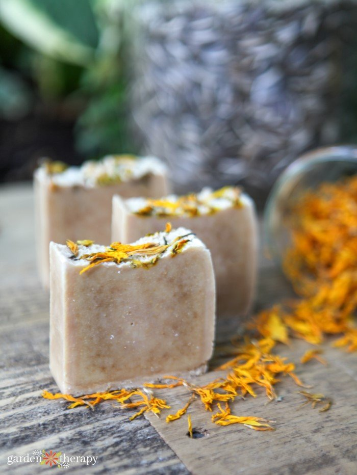 how to make sunflower soap