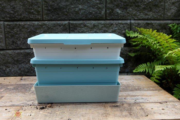 DIY vermicomposting bin